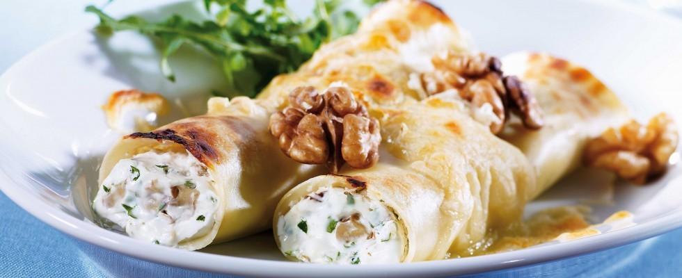 Pranzo di festa: cannelloni ripieni di noci e formaggio di capra con il bimby