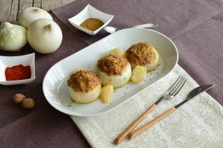 Bimby: cipolle bianche farcite con carne e spezie