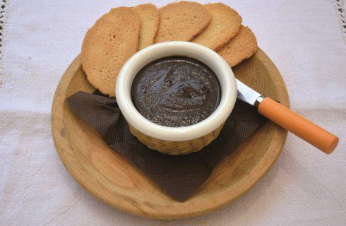 Confettura di mele e cacao, conserva da preparare con il bimby