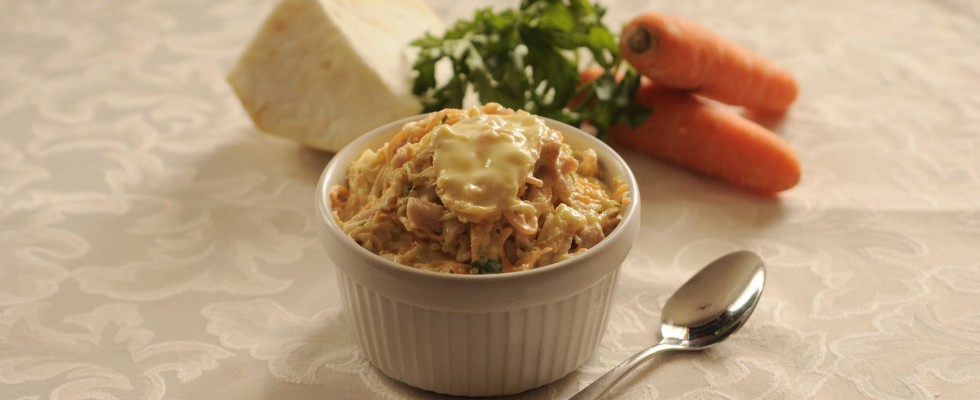 Coppette di insalata capricciosa, l'aperitivo preparatelo con il bimby.