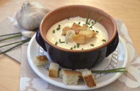 Crema all'aglio: da preparare con il bimby