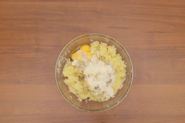 crocchette-di-patate-e-salsiccia_1