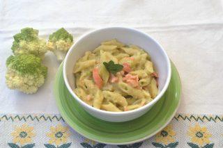 Mezze penne con salmone e broccoli: preparatele con il bimby