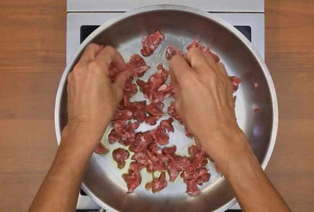 pasta-4-formaggi-e-salsiccia-1