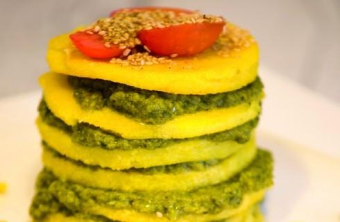 Torretta di polenta con cicorie: antipasto veg