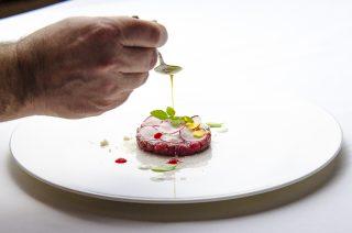 Perché dovreste cenare alla Taverna Vesuviana vicino Napoli