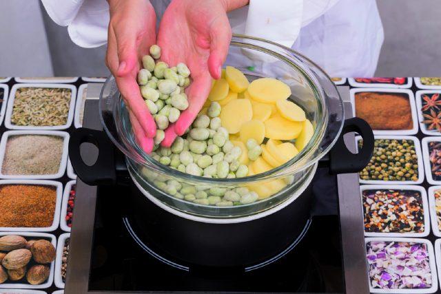 fave-con-patate-al-balsamico-a1796-3