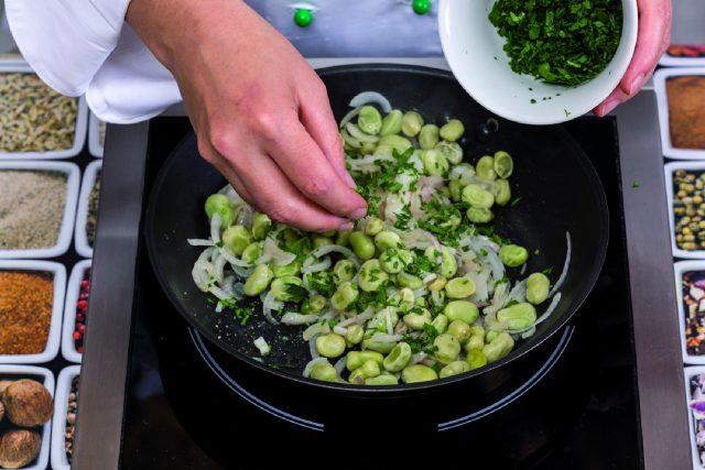 fave-con-patate-al-balsamico-a1796-5