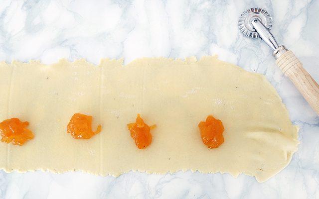 frappe-ripiene-di-marmellata-7