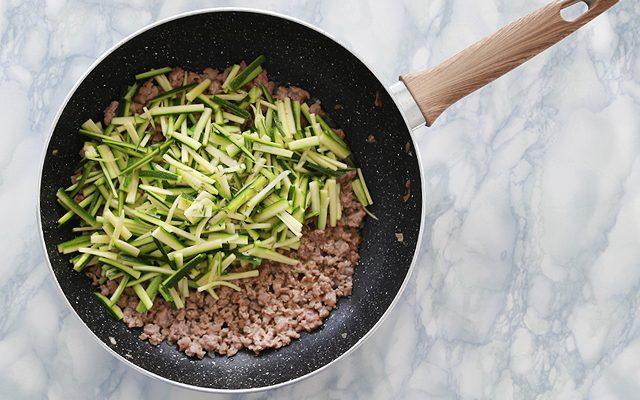 pasta-con-sugo-di-salsiccia-5