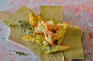 Peperoncini ripieni di formaggio: antipasto leggermente piccante