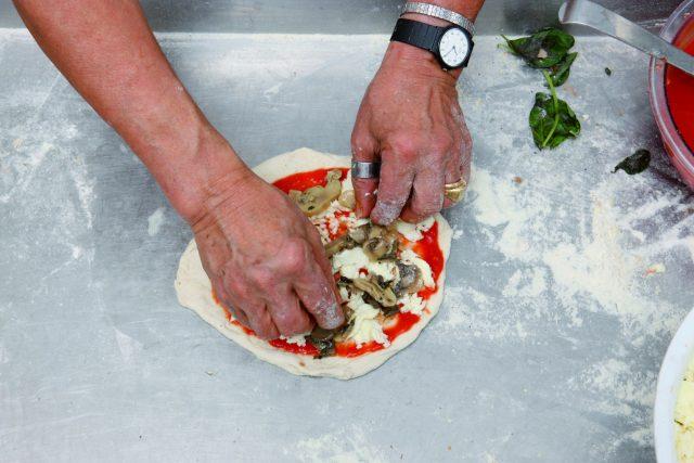 pizza-margherita-con-i-funghi-a1740-2