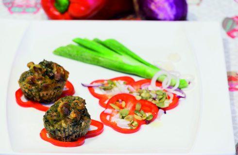 Sformatini vegani con spinaci, patate e anacardi.