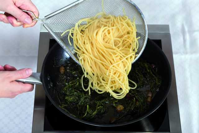 spaghetti-agretti-e-alghe-a1782-6