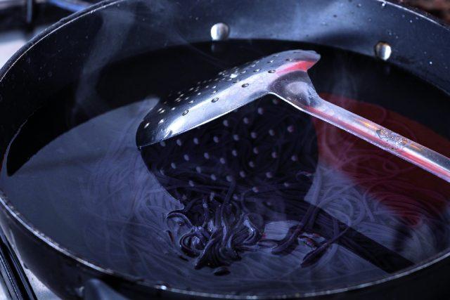 spaghetti-di-riso-con-crema-di-zucchine-a1770-13