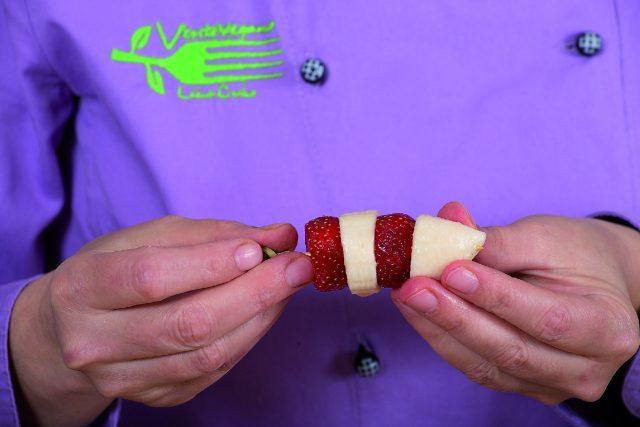 spiedini-frutta-e-cioccolato-a1777-3