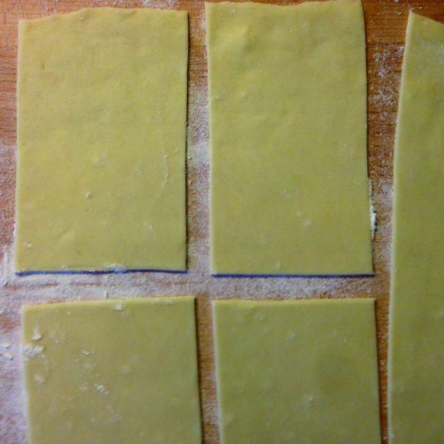 caramelle-salate-ripiene-al-prosciutto-e-funghi-a1204-5
