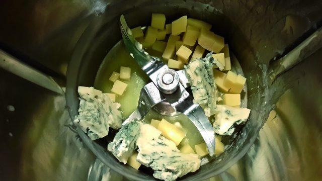 cuori-di-polenta-con-crema-al-formaggio-a864-5