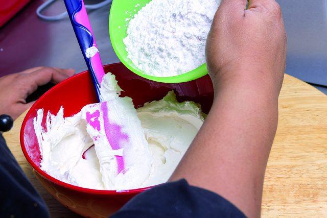 cupcake-fragola-e-cioccolato-bianco-a1730-10
