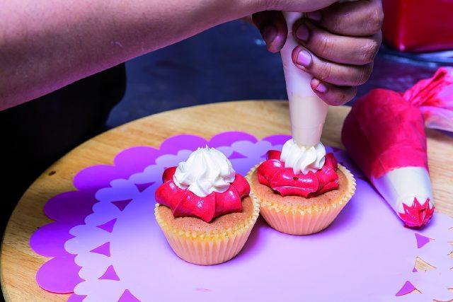 cupcake-fragola-e-cioccolato-bianco-a1730-16