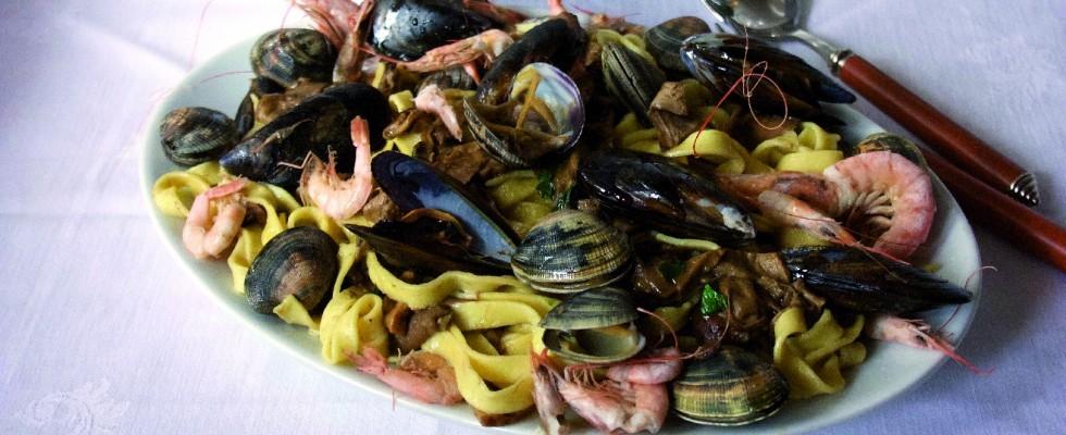 Fettuccine ai frutti di mare e porcini con bimby