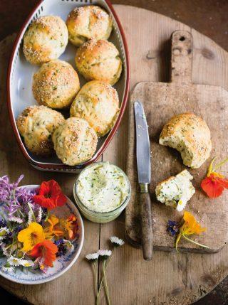 Bimby: come si preparano i panini con semi di sesamo e rosmarino