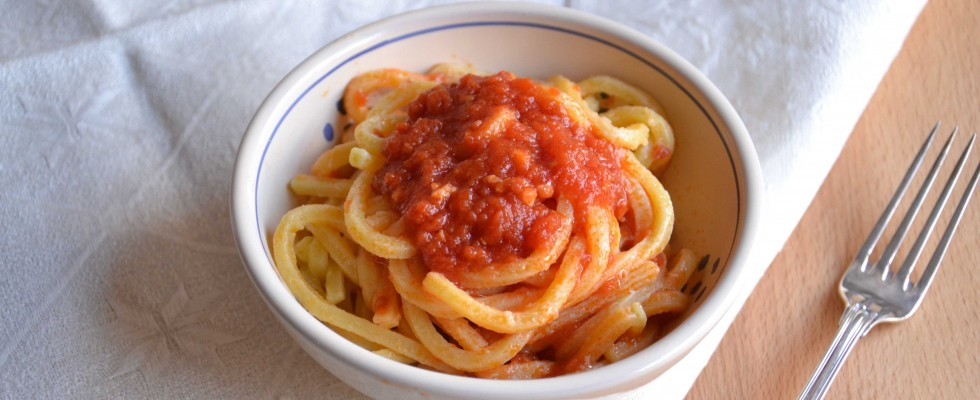 Pici all'aglione, cucina toscana fatta con il bimby