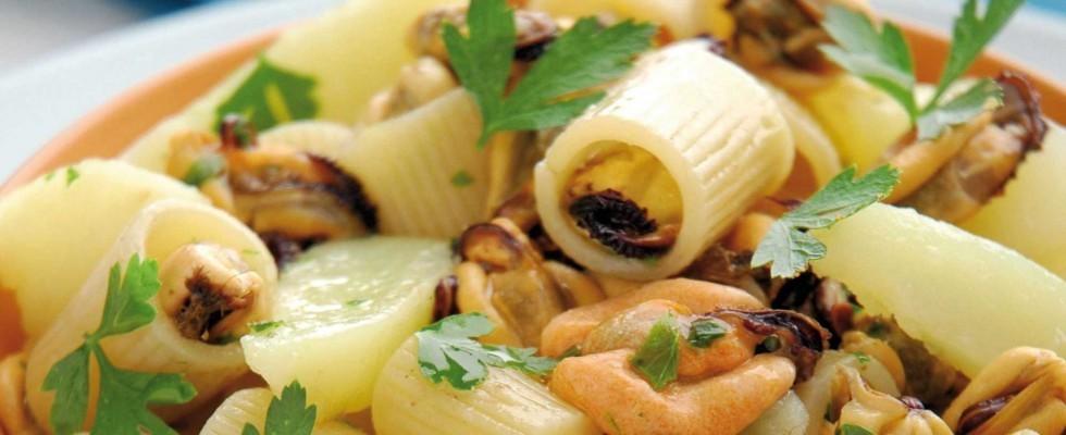 Pasta con cozze e patate, preparatela con il bimby