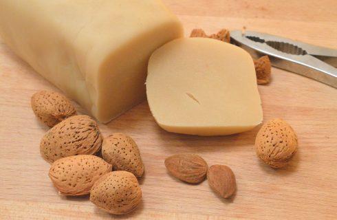 Pasta di mandorle: la variante con il bimby