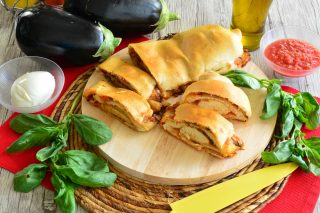 Pizza arrotolata alla parmigiana con il bimby: ricetta golosa
