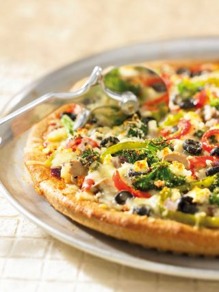 Pizza light con tofu e verdure: cucina vegana il bimby