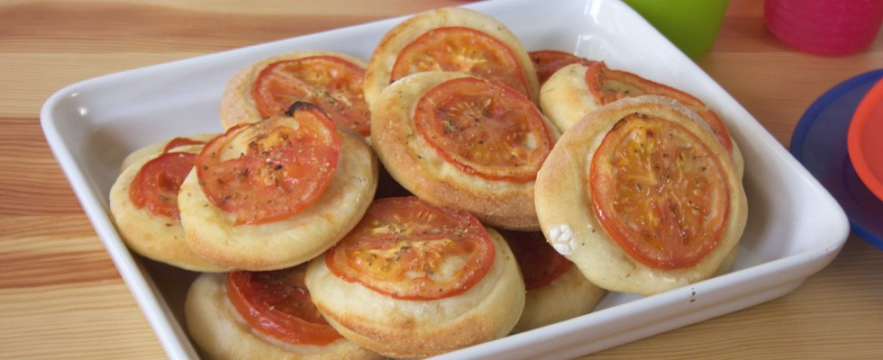 Pizzette soffici al pomodoro sono facili con il bimby
