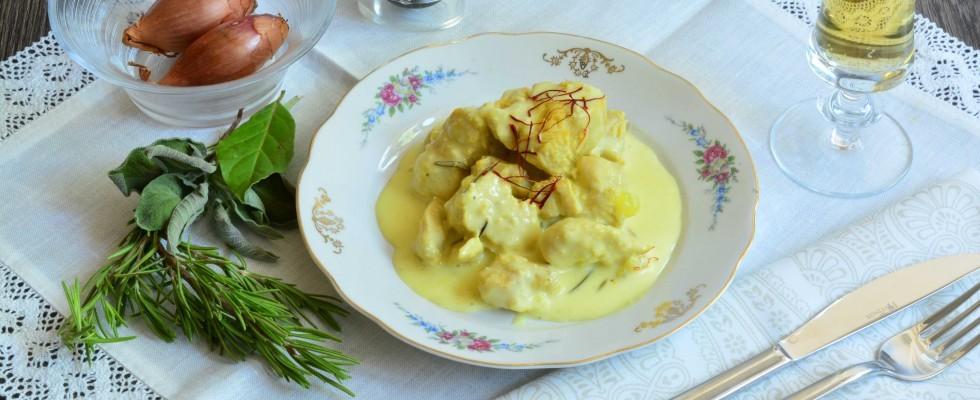 Pollo in salsa di panna e zafferano: ricetta golosa con il bimby
