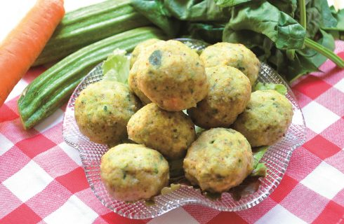 Polpette di pollo e verdure sono facili con il bimby