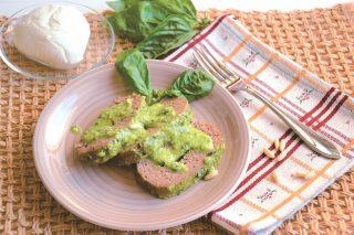 Polpettone al basilico e mozzarella: secondo gustoso con il bimby