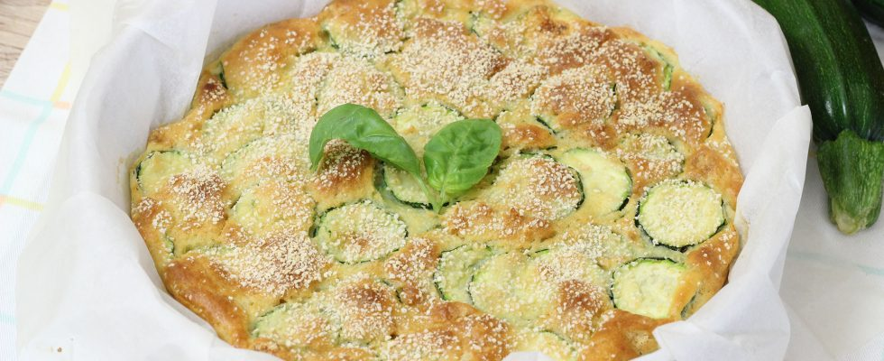 Scarpaccia salata con zucchine
