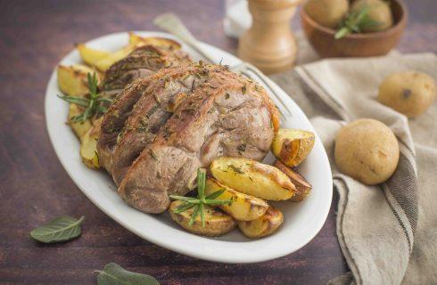 Coscio di agnello con patate: ricetta semplice