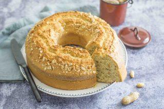 Torta con arachidi: perfetta per la colazione