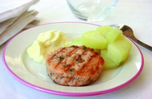 Burger di salmone con patate e maionese con il Bimby