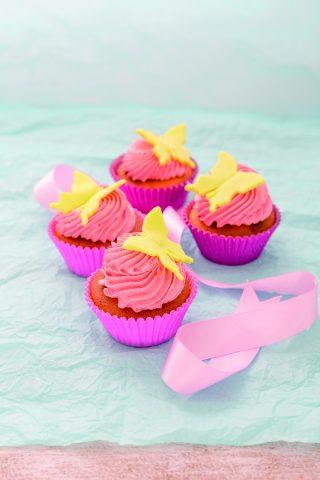 Cupcake mandorle e miele con farfalle: per la festa della mamma