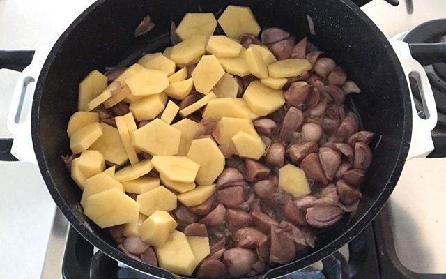 padellata-patate-e-salsiccia-3