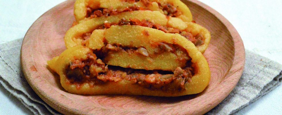 Girelle di polenta con i funghi al bimby, un antipasto creativo