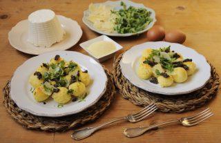 Gnocchi di semolino con ricotta con grana, rucola e champignon: la ricetta con il bimby