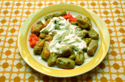 Gnocchi al basilico con stracciatella: un primo piatto con il bimby