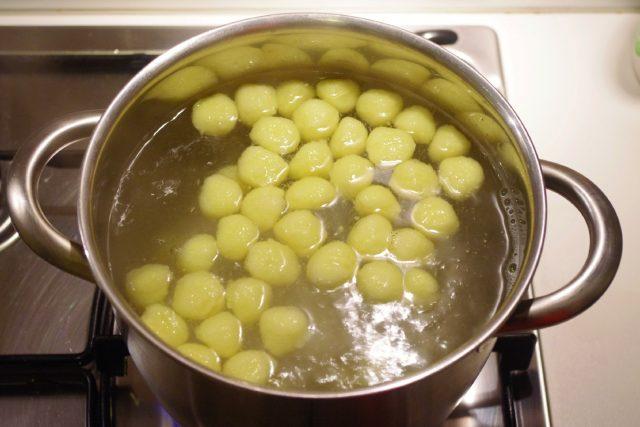 gnocchi-con-la-zucca-e-salsa-di-taleggio-a1421-6