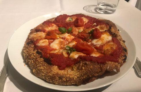 Perché è ingiusto demonizzare la pizza di Carlo Cracco