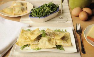 Ravioli ripieni di bresaola e rucola: la ricetta con il bimby