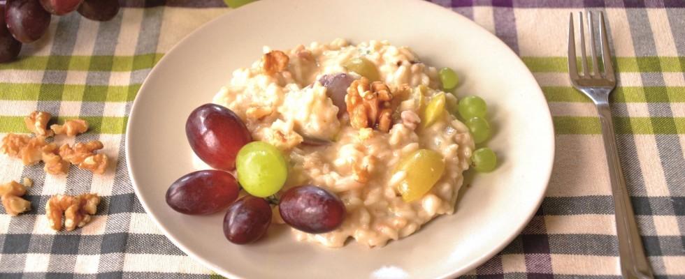 Risotto gorgonzola e uva, primo gustoso con il bimby