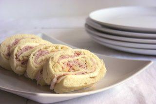 Rotolo di pane con scamorza e prosciutto, con il bimby