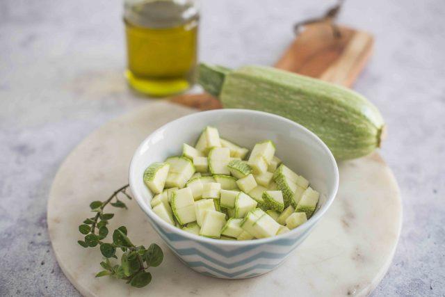 step-2-tagliatelle-di-farro-con-crema-di-zucchine-e-grana-padano